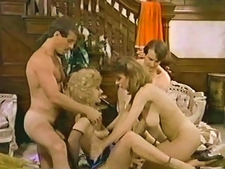 Christy Canyon Nina Hartley 4way